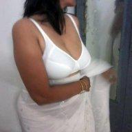 Madhu_AUNTY